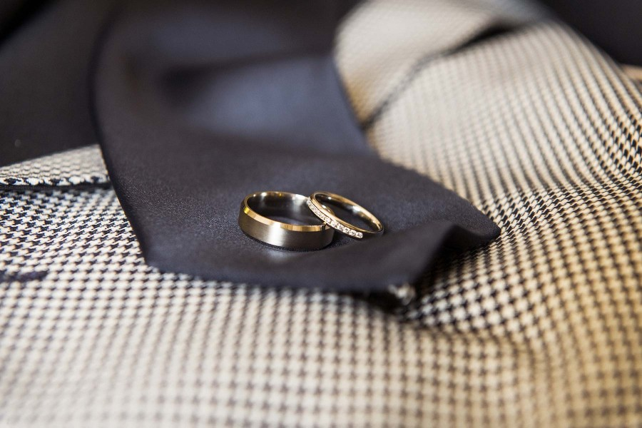 006-elegant-details-candid-wedding-photography