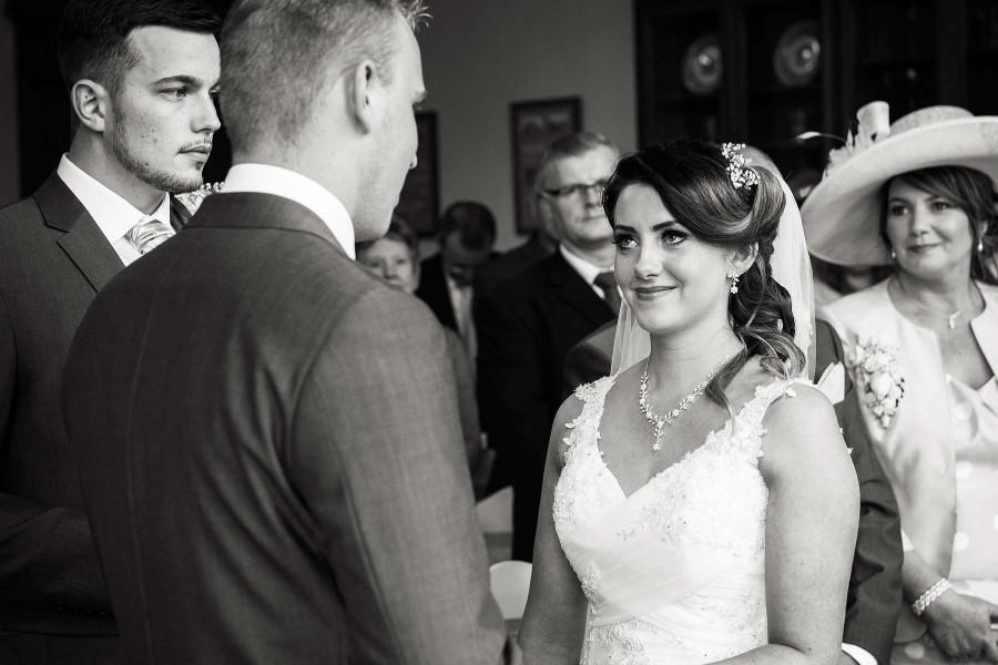 011-storytelling-photogrpahy-wedding-ceremony-rugeley