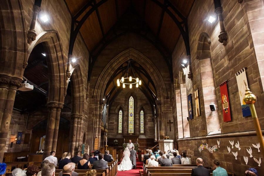 037-beautiful-church-wedding-photography