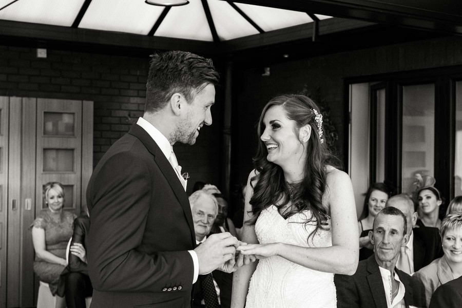 052-candid-photos-capture-fun-wedding-ceremony