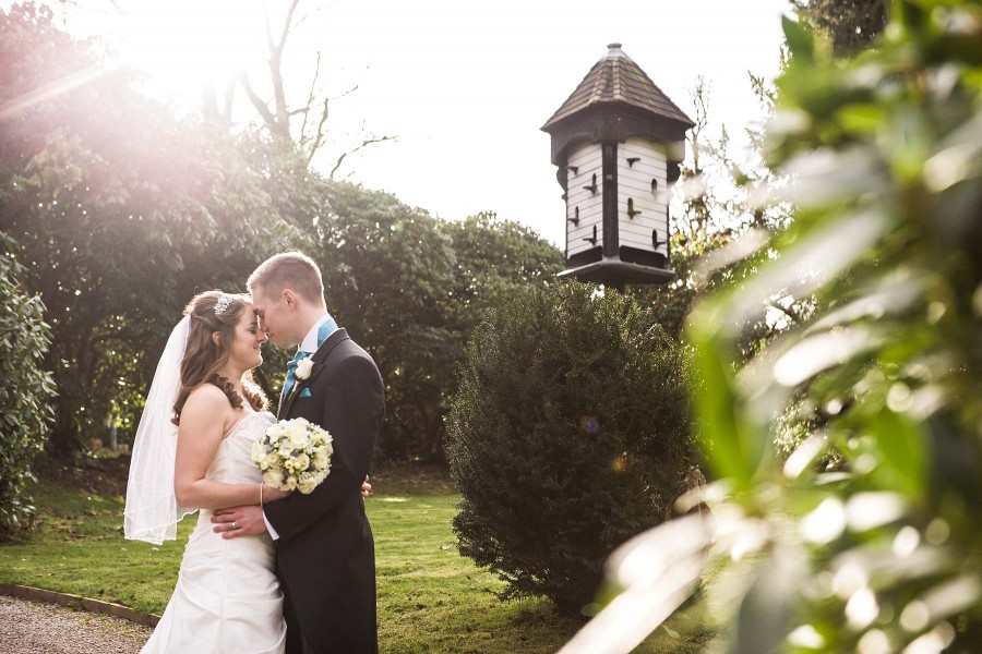 104-hawkesyard-hall-wedding-photographs-beautiful-gardens
