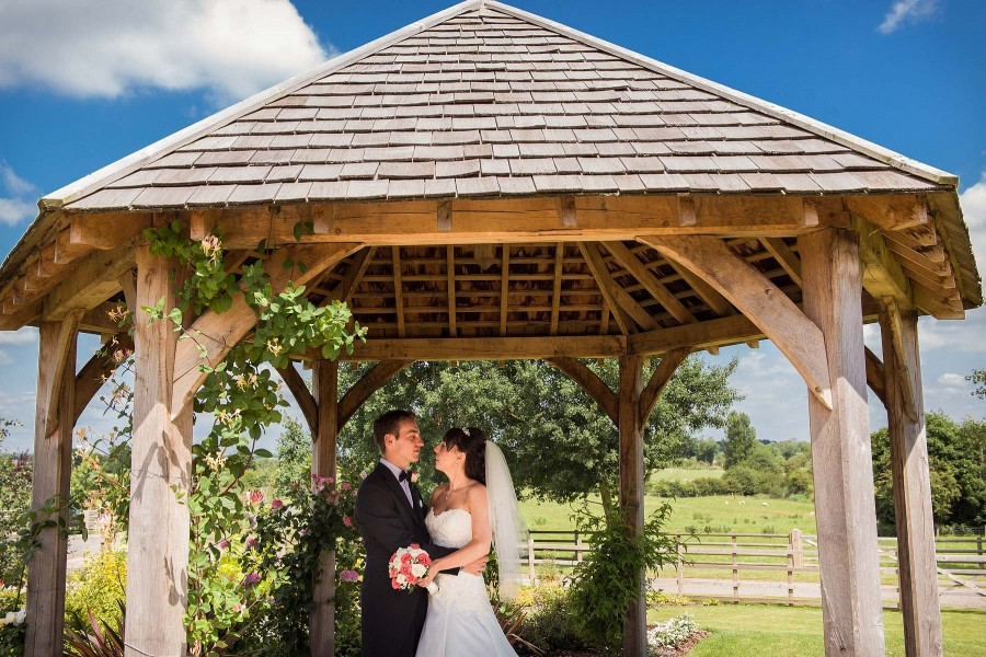 115-mythe-barn-atherstone-wedding-photographers