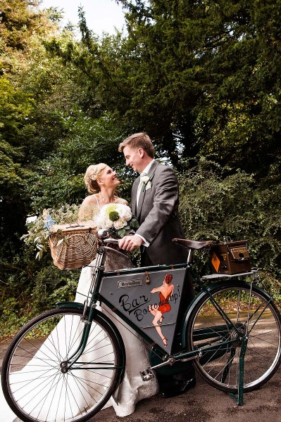 143-butchers-bike-wedding-photos