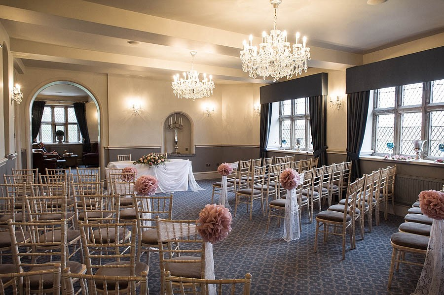 weston-hall-stafford-003-contemporary-wedding-photographers