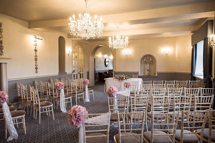 weston-hall-stafford-004-contemporary-wedding-photographers