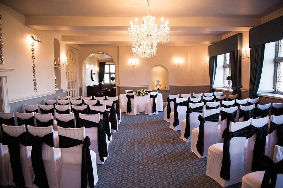 weston-hall-stafford-024-contemporary-wedding-photographers
