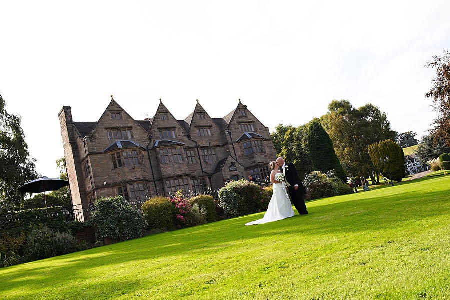 weston-hall-stafford-036-contemporary-wedding-photographers