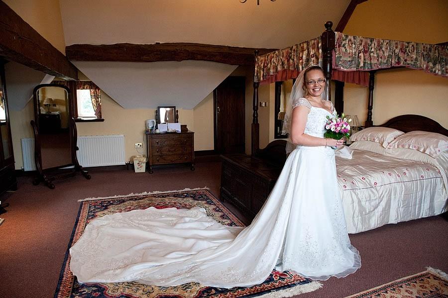 weston-hall-stafford-041-contemporary-wedding-photographers