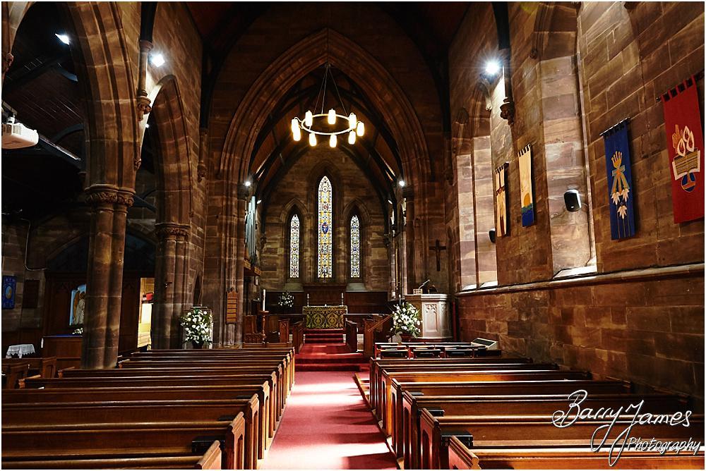 Fabulous church of St Marks Church in Great Wyrley by Cannock Wedding Photographer Barry James
