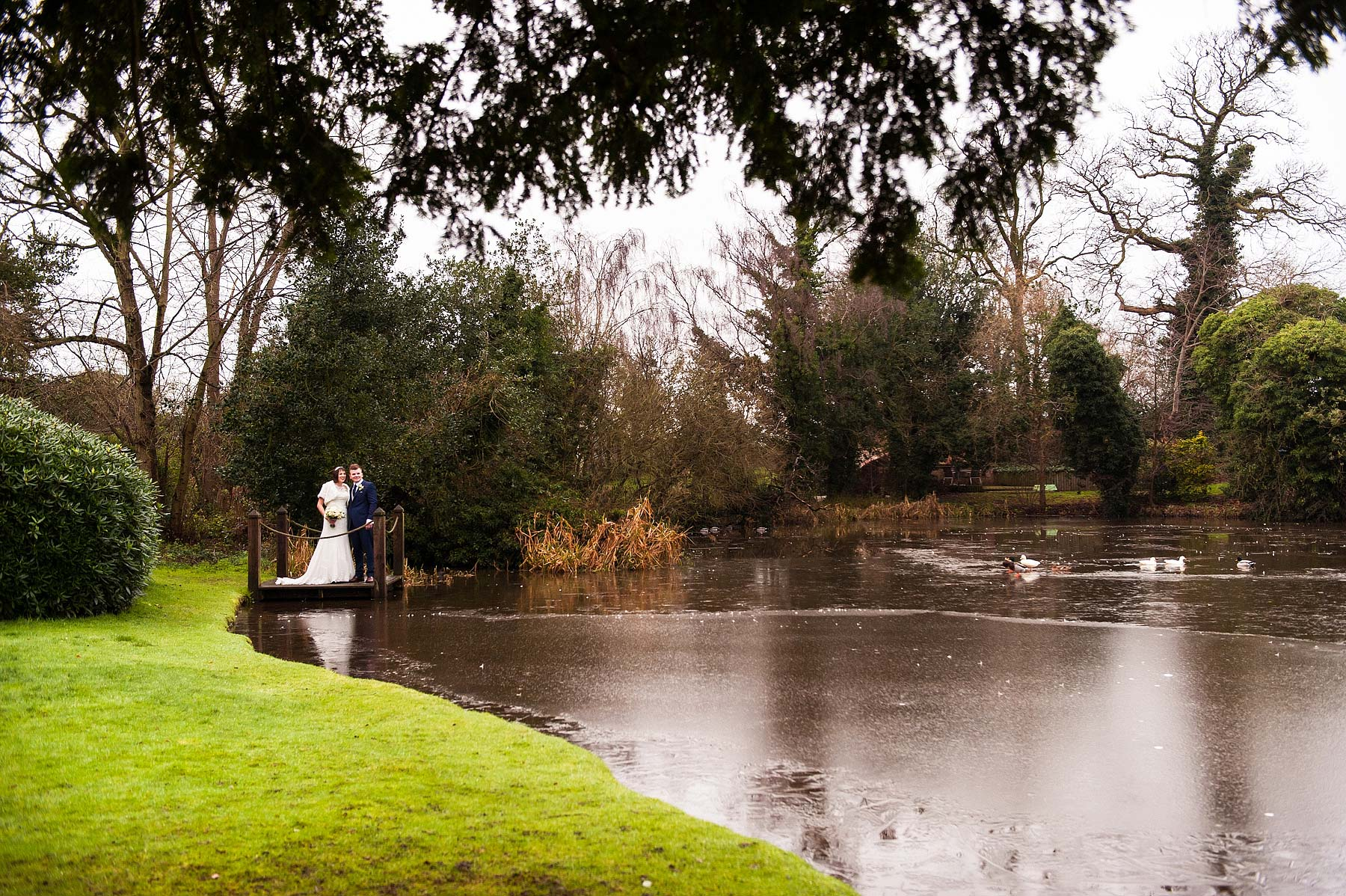 moat-house-winter-wedding-photography-057