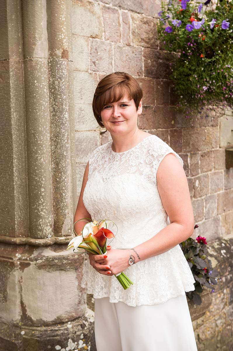 clearwell-castle-wedding-photographers-007
