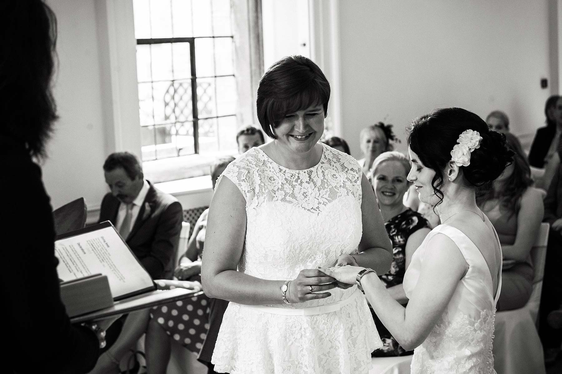 clearwell-castle-wedding-photographers-021