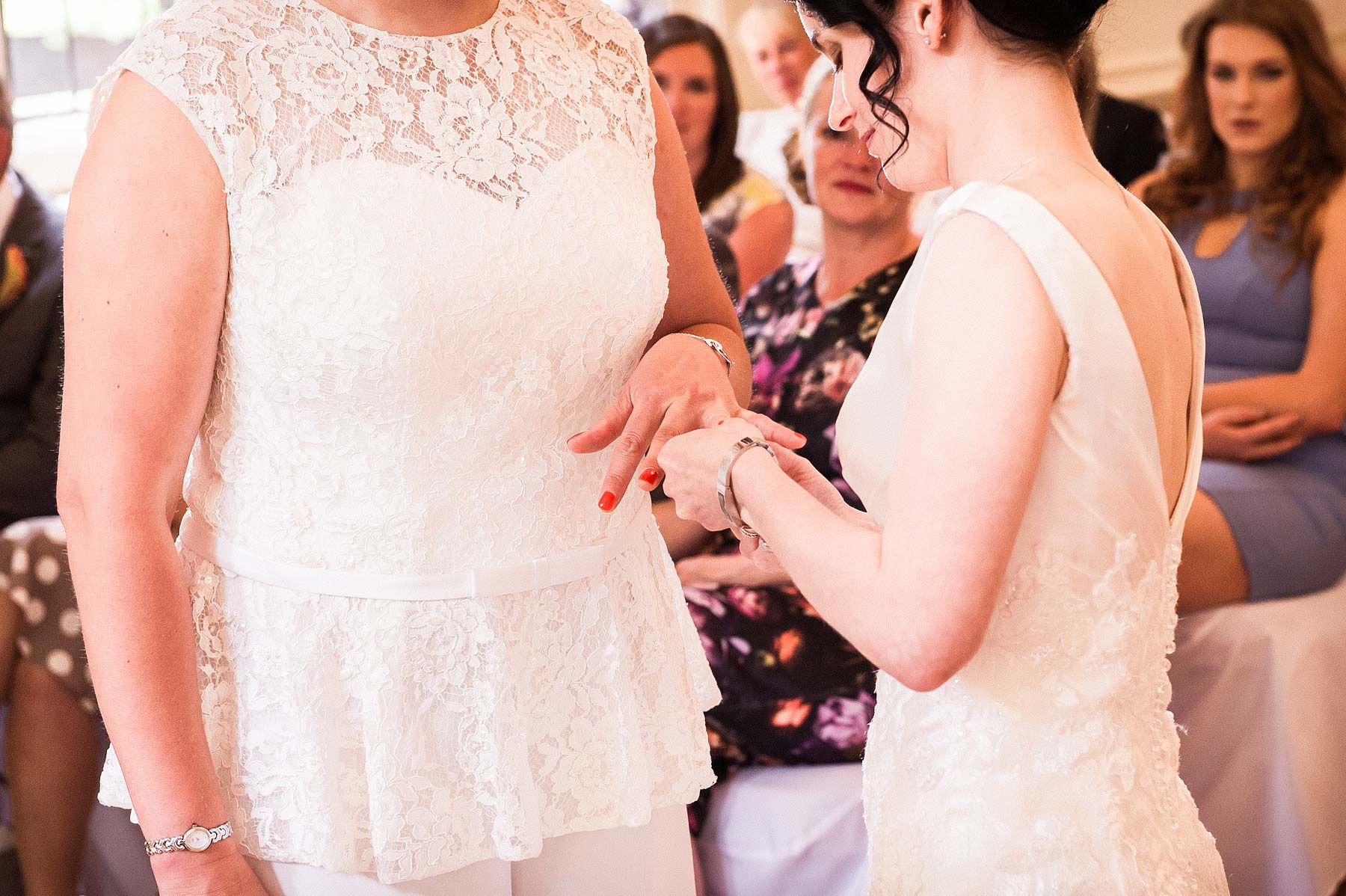 clearwell-castle-wedding-photographers-022