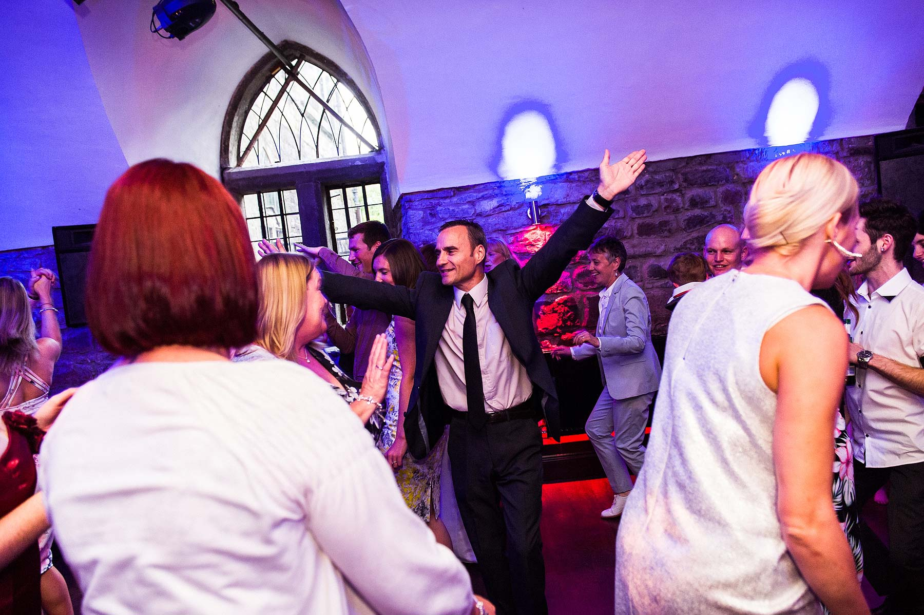 clearwell-castle-wedding-photographers-074