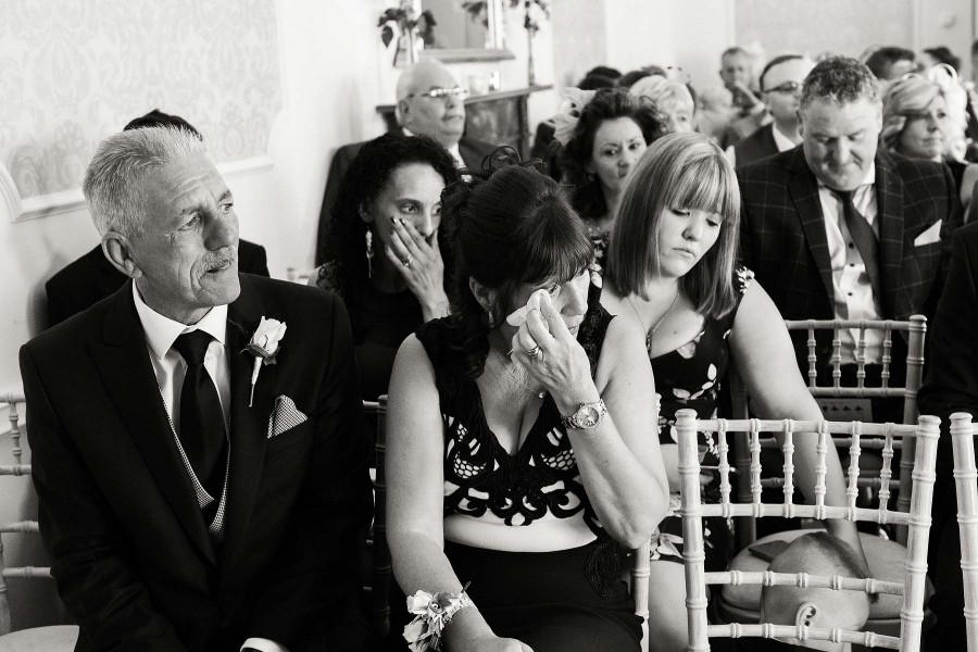 alrewas-hayes-wedding-photographs-035