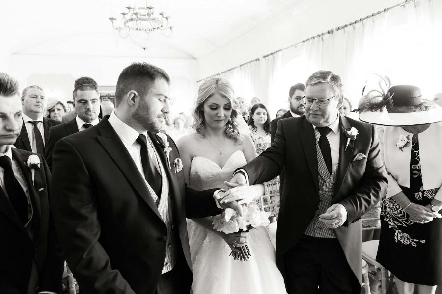 alrewas-hayes-wedding-photographs-044