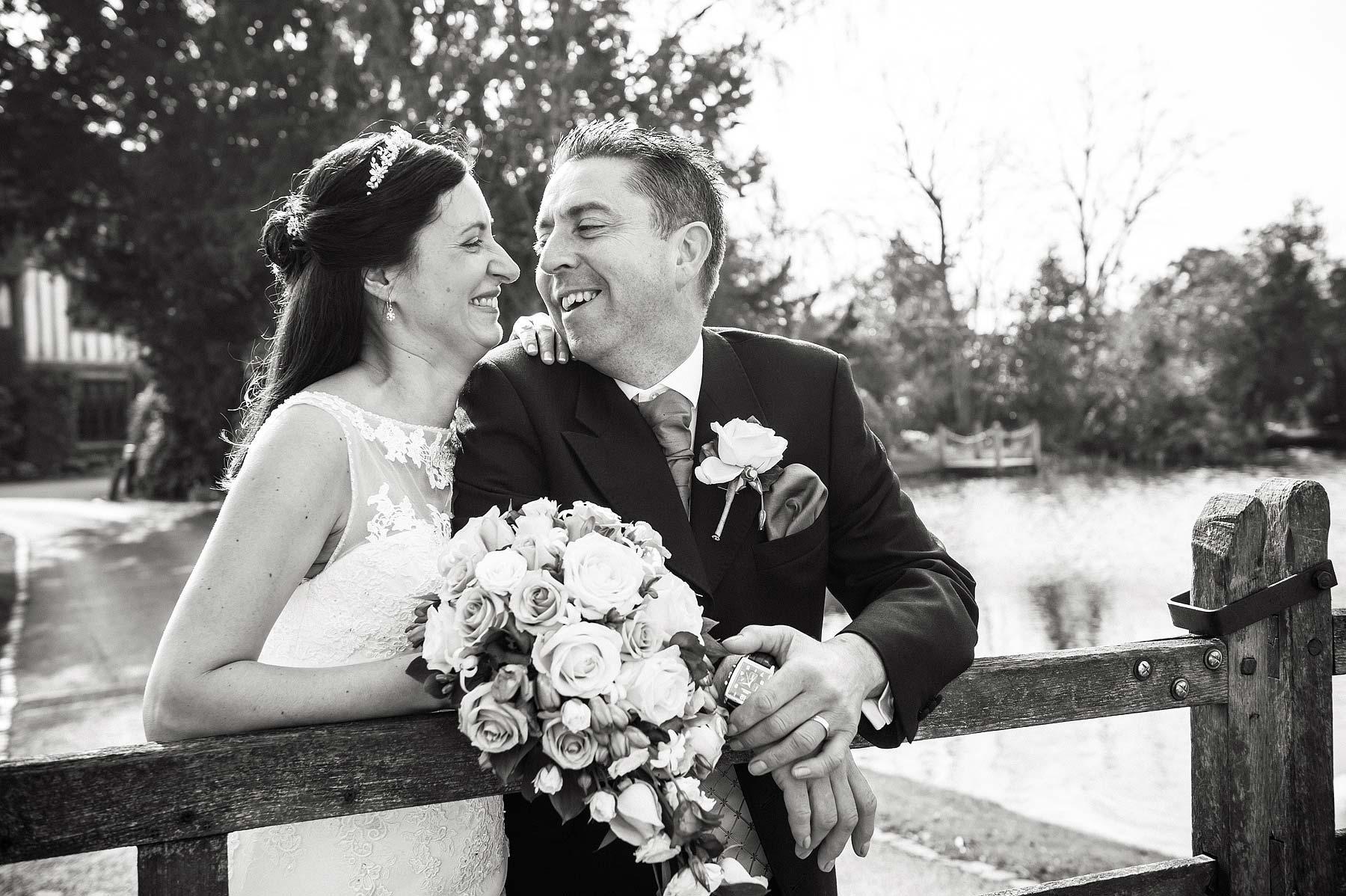moathouse-actontrussell-wedding-photographer-081