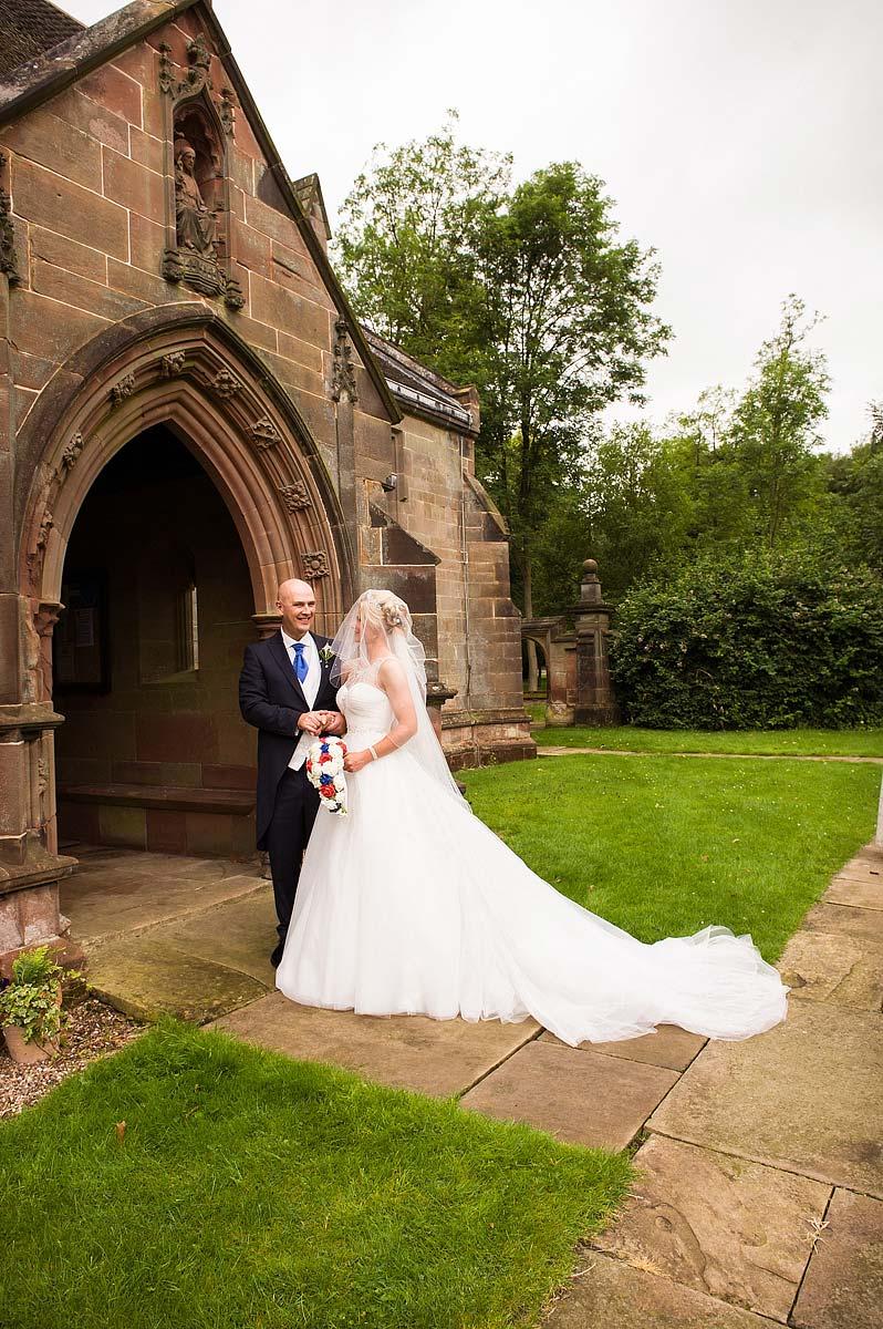 hoar-cross-hall-wedding-photographers-034