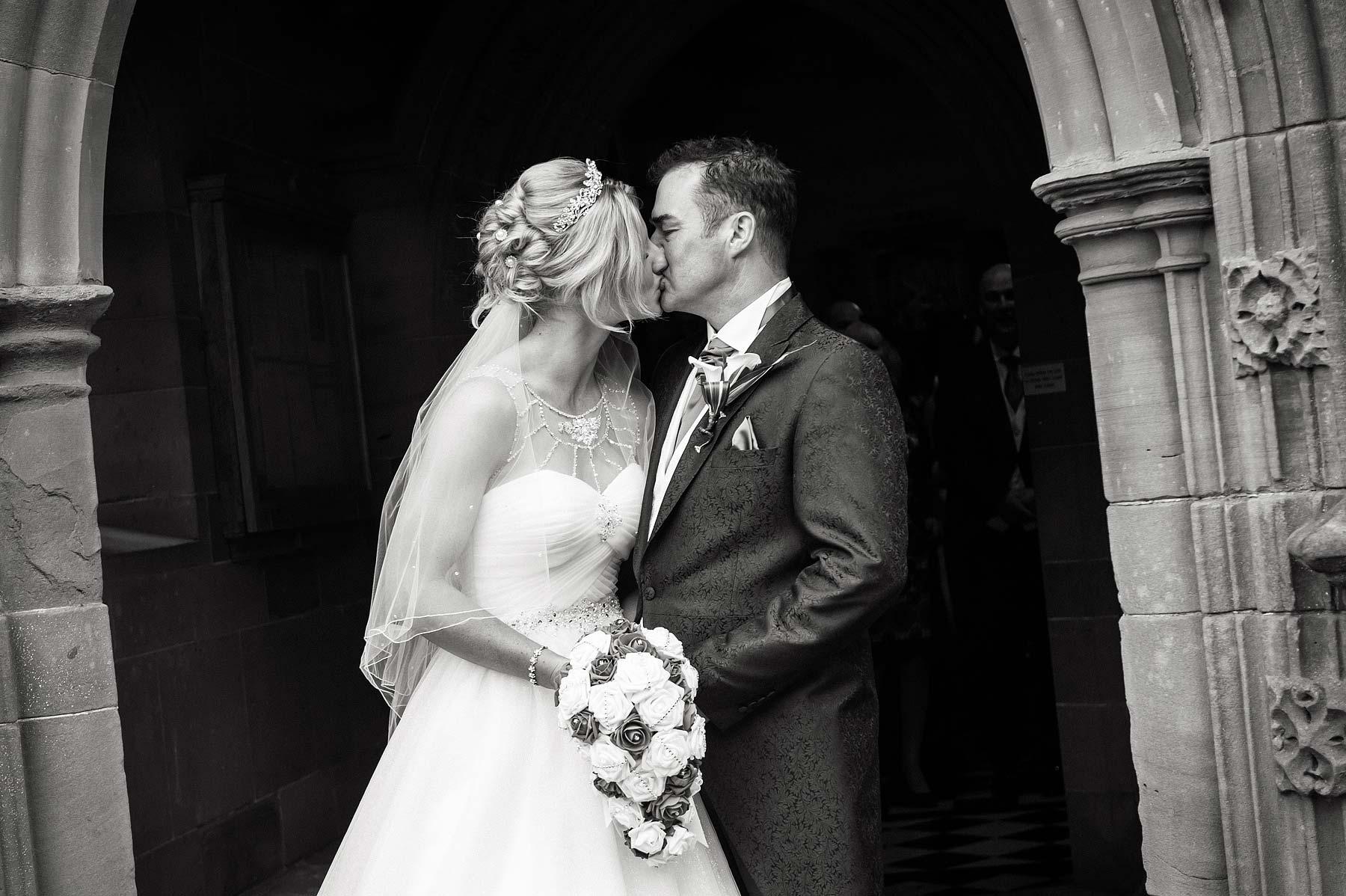 hoar-cross-hall-wedding-photographers-053