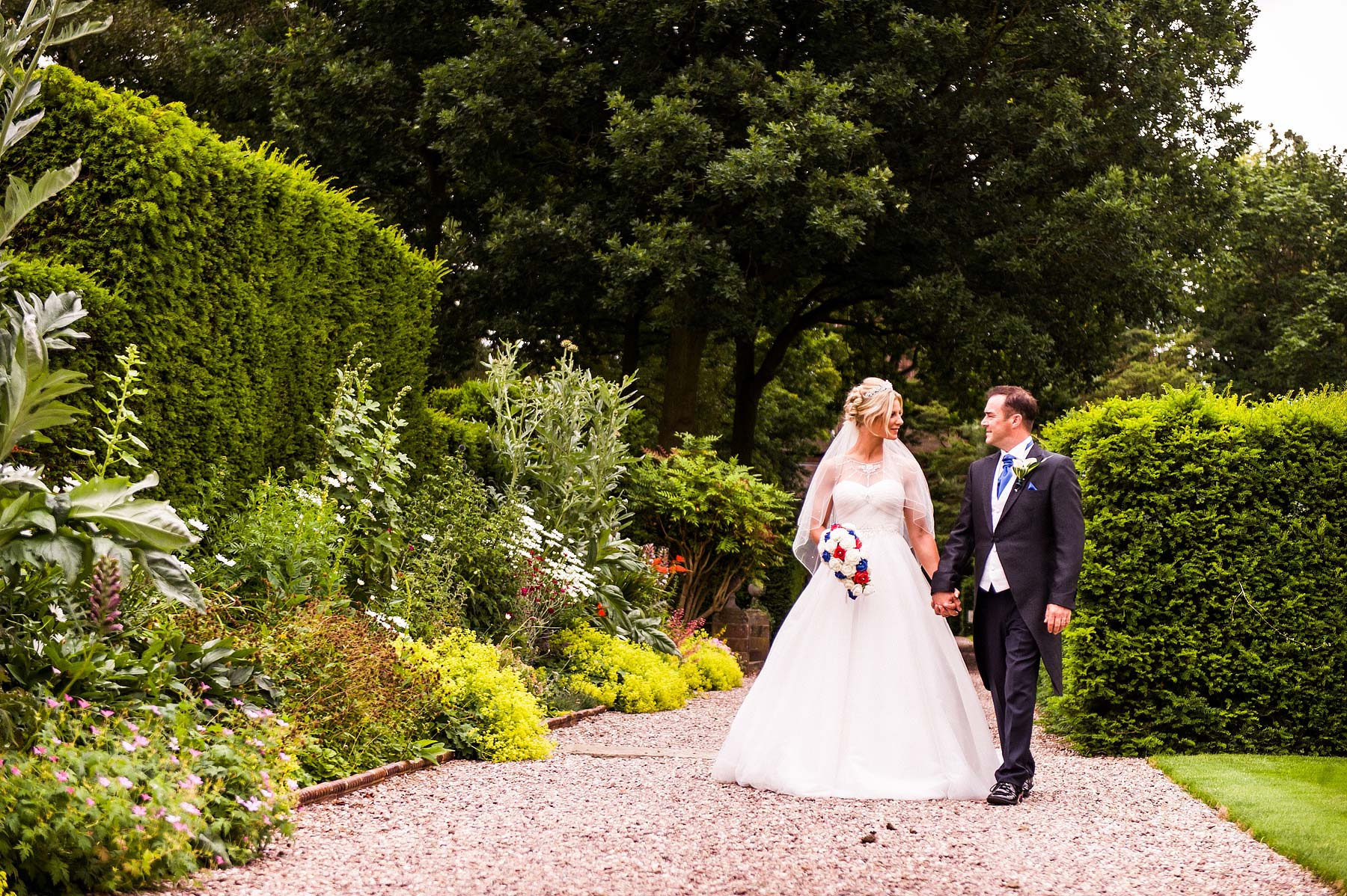 hoar-cross-hall-wedding-photographers-064