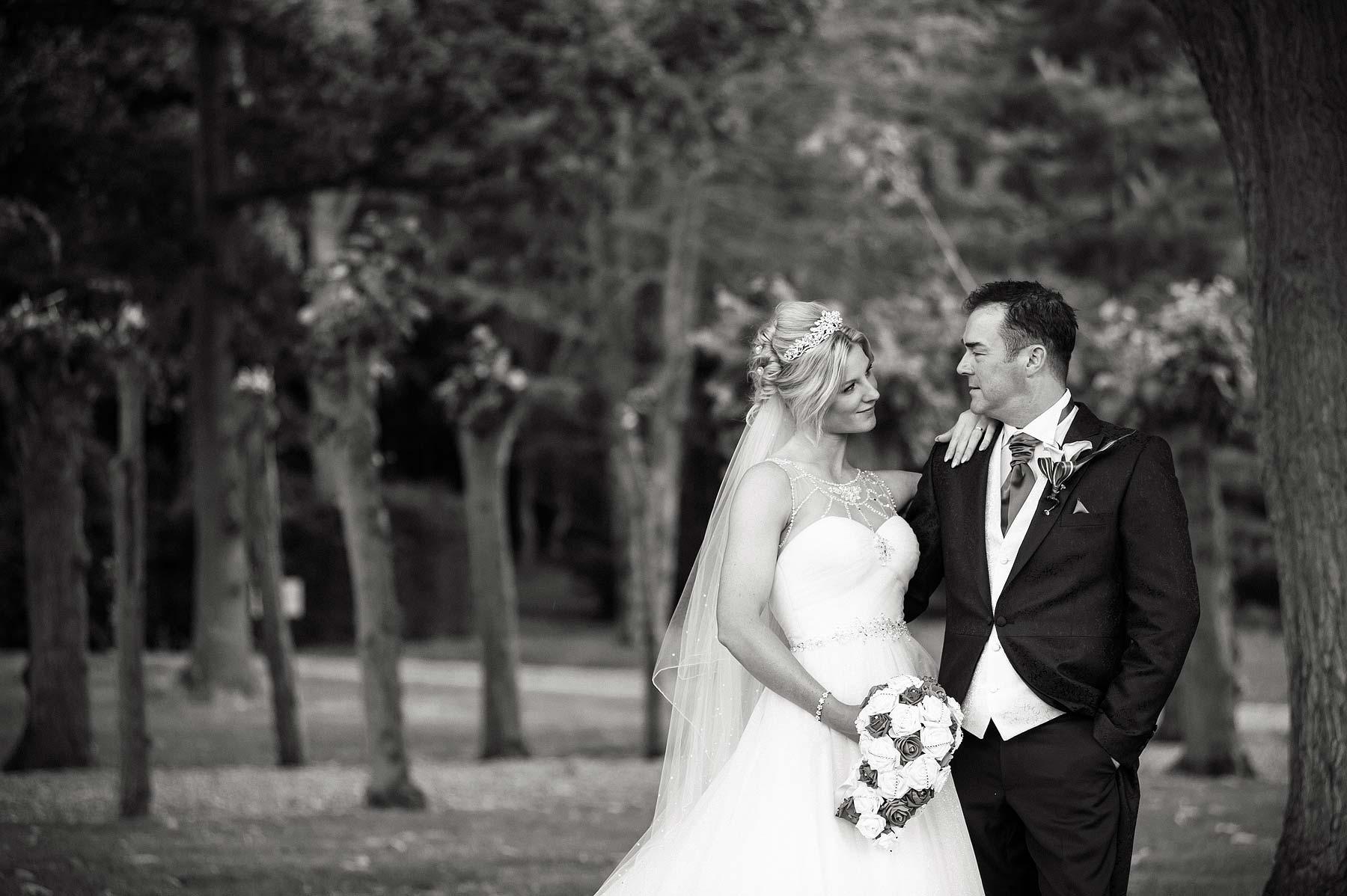 hoar-cross-hall-wedding-photographers-069