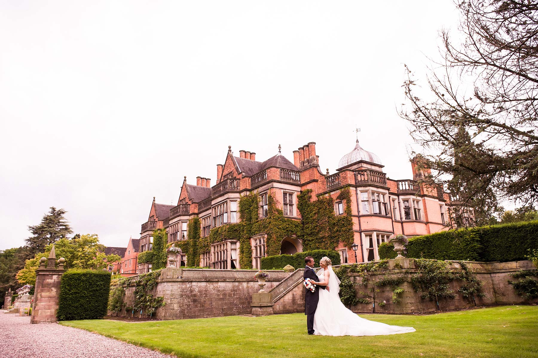 hoar-cross-hall-wedding-photographers-071