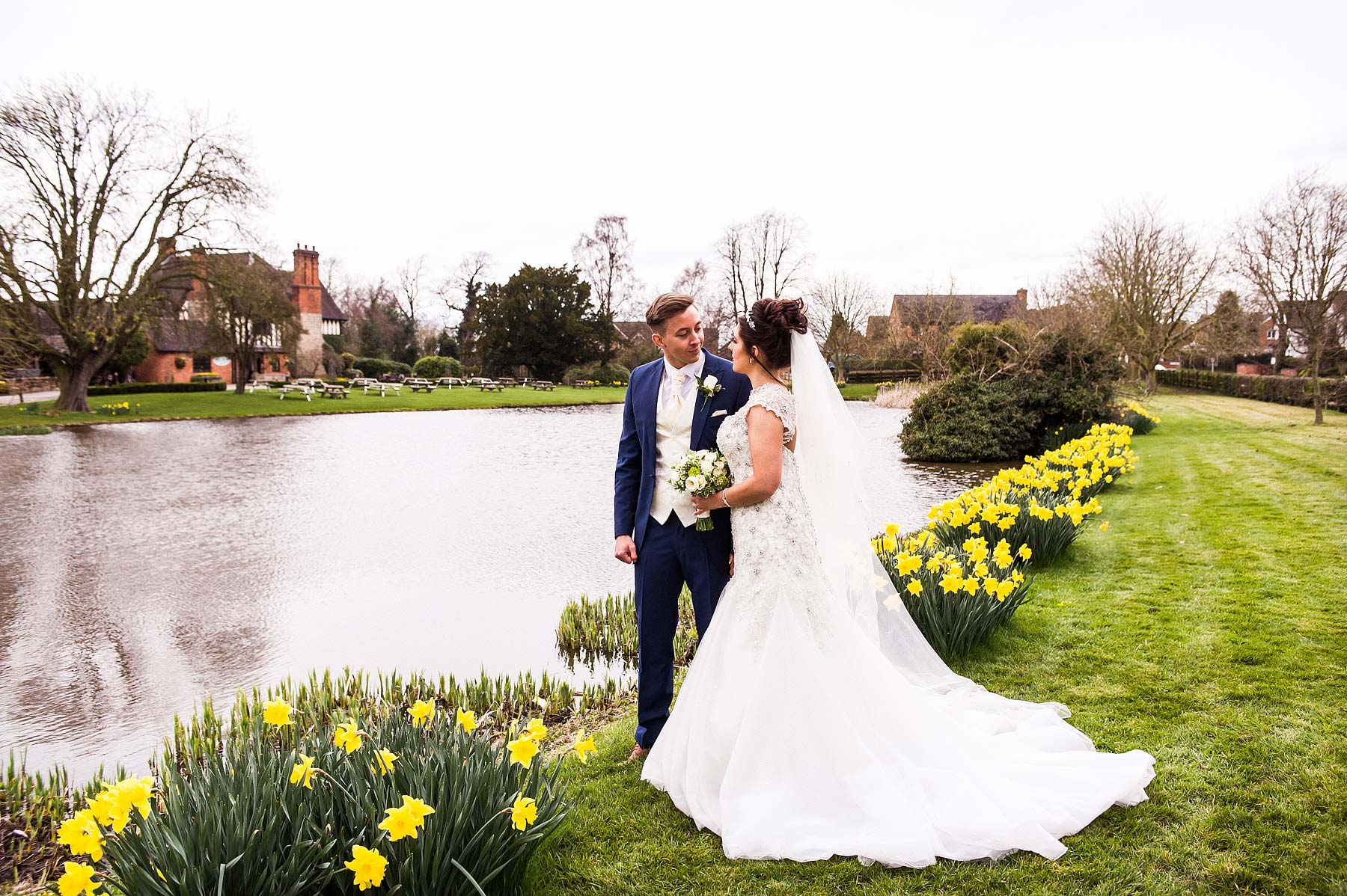 spring-wedding-photographs-moat-house-044