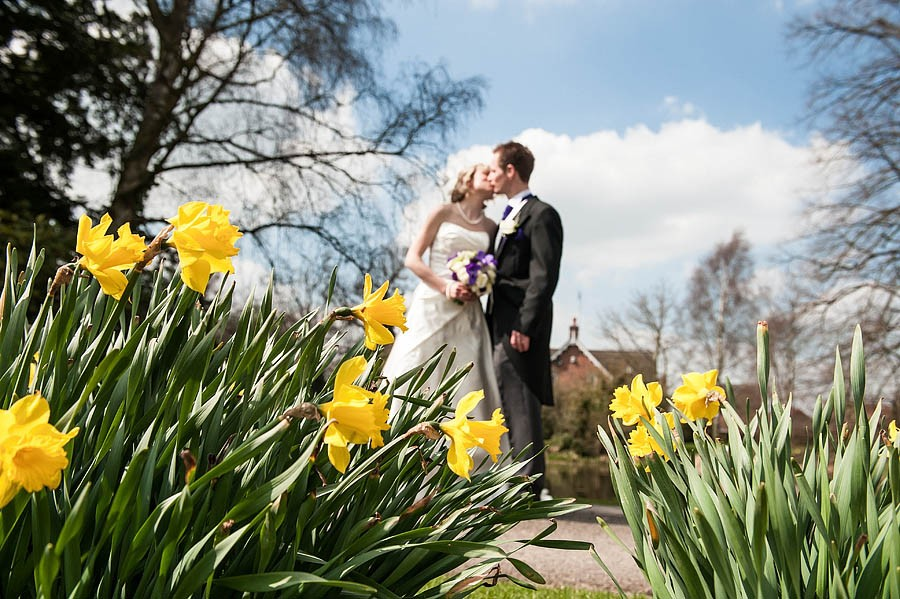 moat-house-acton-trussell-wedding-photographs008-recommended-wedding-photographers