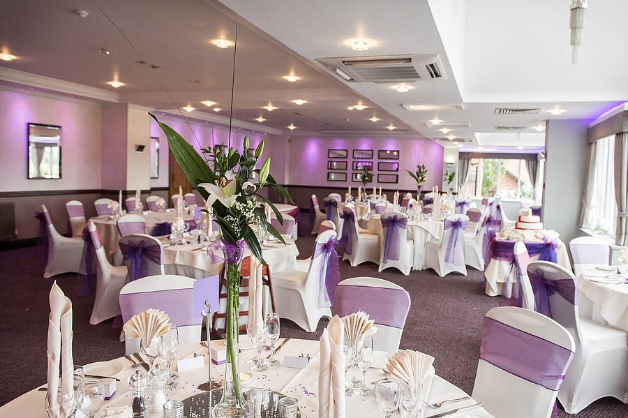 moat-house-acton-trussell-wedding-photographs011-recommended-wedding-photographers
