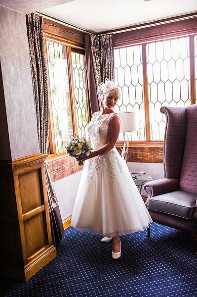 moat-house-acton-trussell-wedding-photographs020-recommended-wedding-photographers