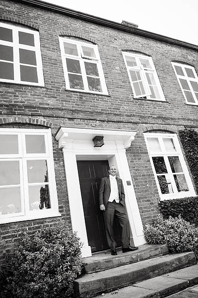 moat-house-acton-trussell-wedding-photographs025-recommended-wedding-photographers