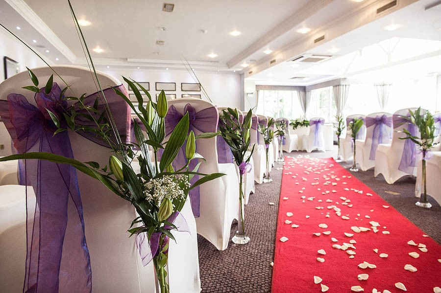 moat-house-acton-trussell-wedding-photographs026-recommended-wedding-photographers