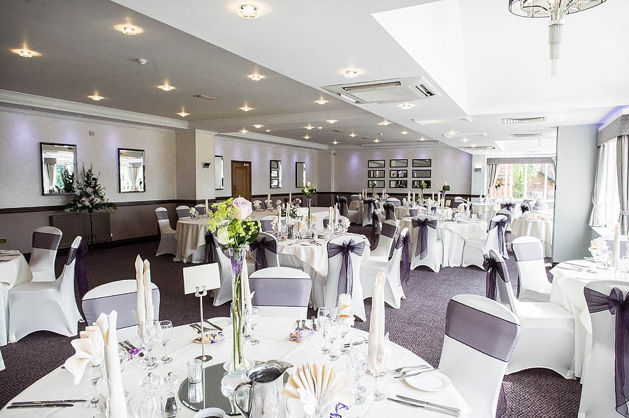 moat-house-acton-trussell-wedding-photographs032-recommended-wedding-photographers