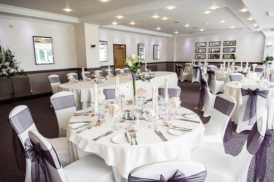 moat-house-acton-trussell-wedding-photographs034-recommended-wedding-photographers
