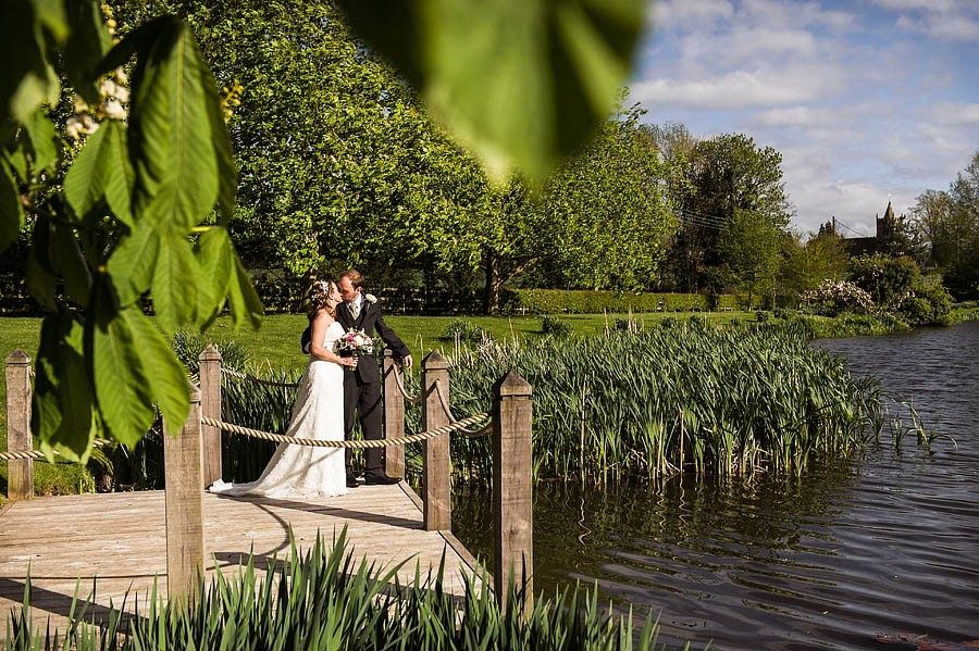 moat-house-acton-trussell-wedding-photographs039-recommended-wedding-photographers