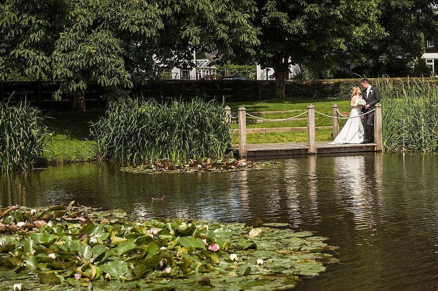 moat-house-acton-trussell-wedding-photographs046-recommended-wedding-photographers