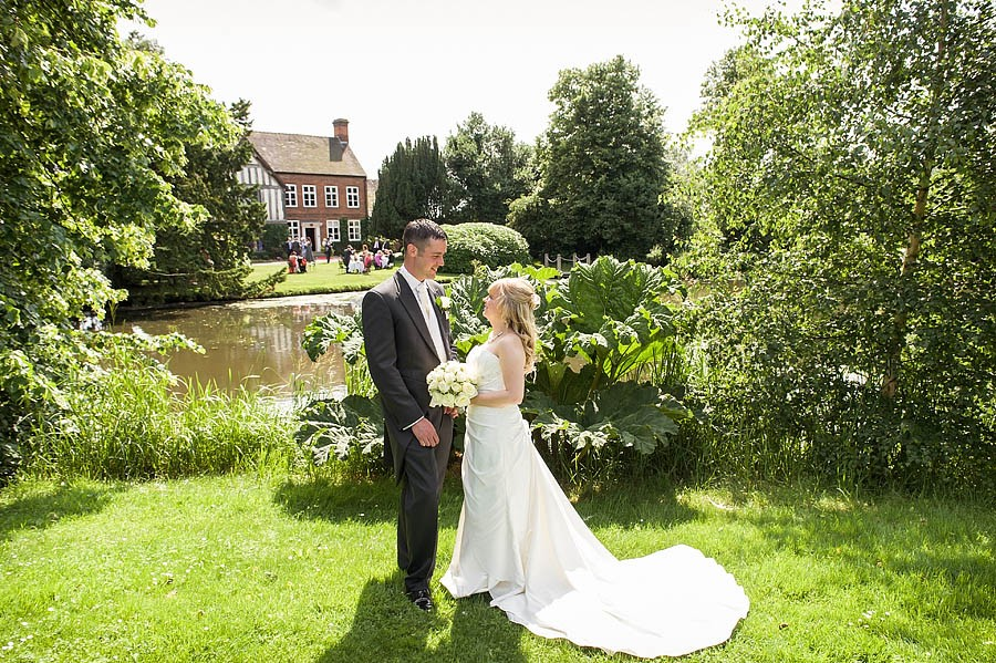 moat-house-acton-trussell-wedding-photographs047-recommended-wedding-photographers