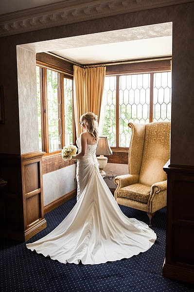 moat-house-acton-trussell-wedding-photographs048-recommended-wedding-photographers