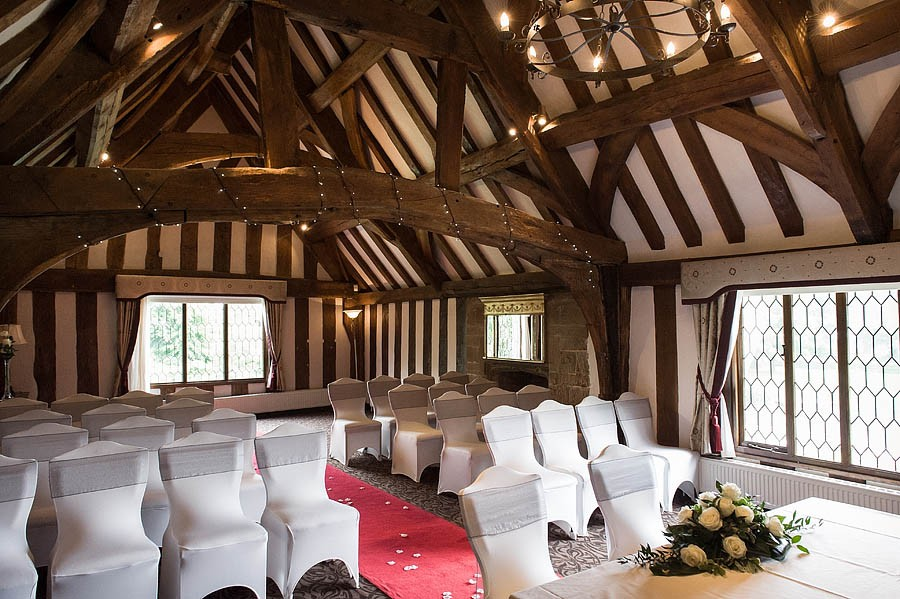 moat-house-acton-trussell-wedding-photographs053-recommended-wedding-photographers