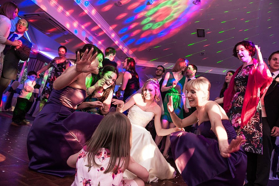 moat-house-acton-trussell-wedding-photographs057-recommended-wedding-photographers