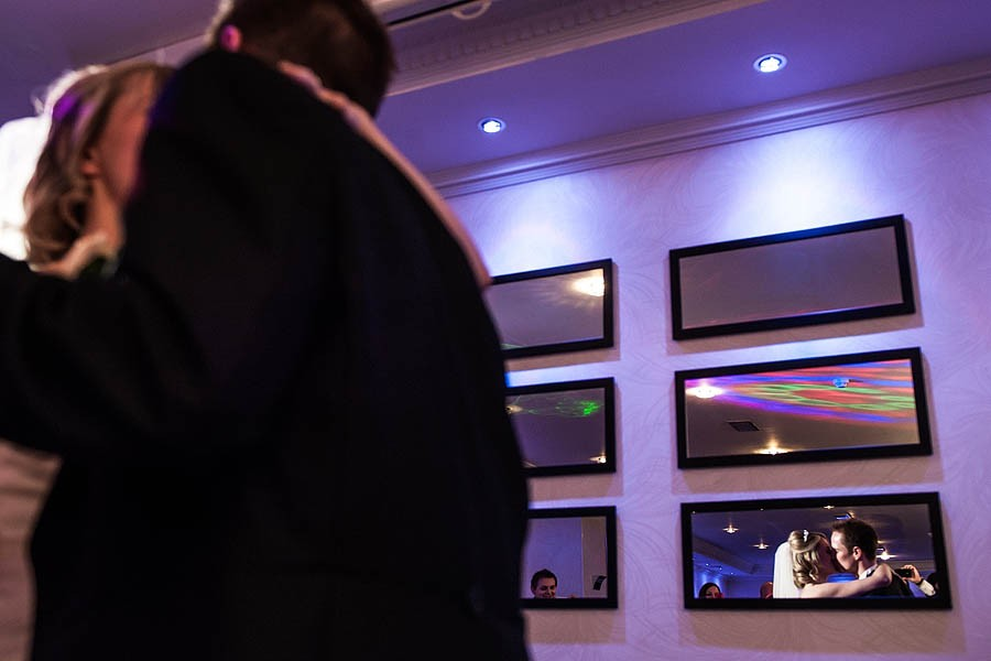 moat-house-acton-trussell-wedding-photographs058-recommended-wedding-photographers