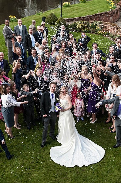 moat-house-acton-trussell-wedding-photographs064-recommended-wedding-photographers