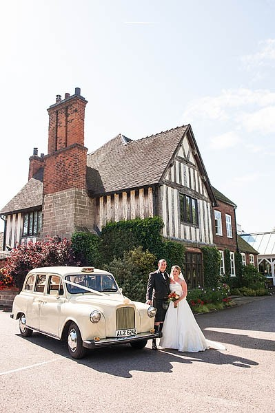 moat-house-acton-trussell-wedding-photographs087-recommended-wedding-photographers