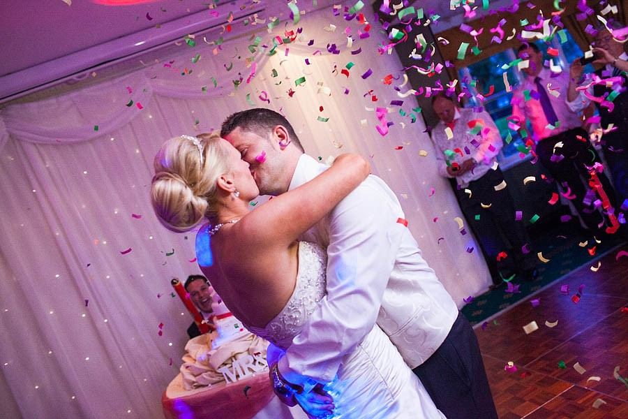 moat-house-acton-trussell-wedding-photographs088-recommended-wedding-photographers