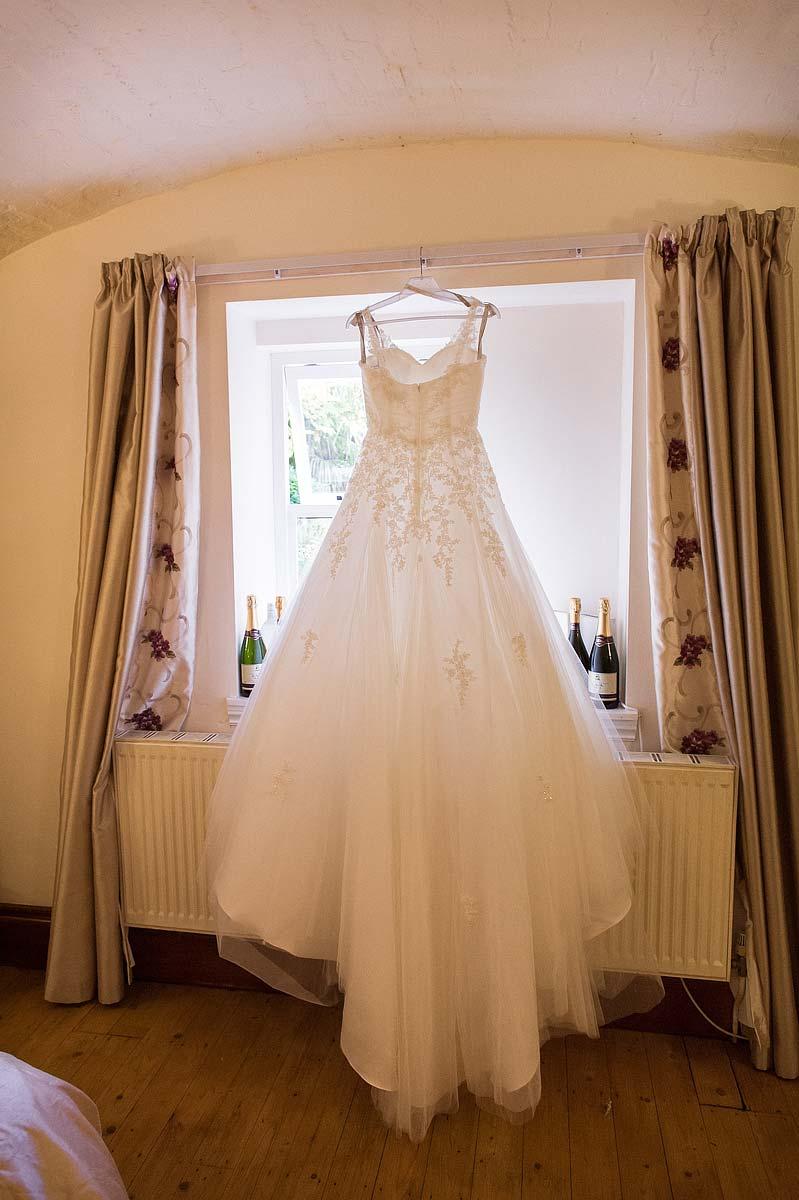 hawkesyard-estate-wedding-photographers-rugeley-006