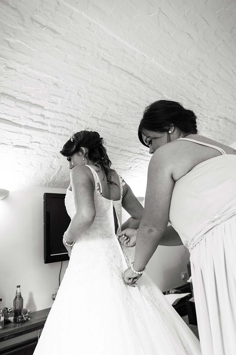 hawkesyard-estate-wedding-photographers-rugeley-011