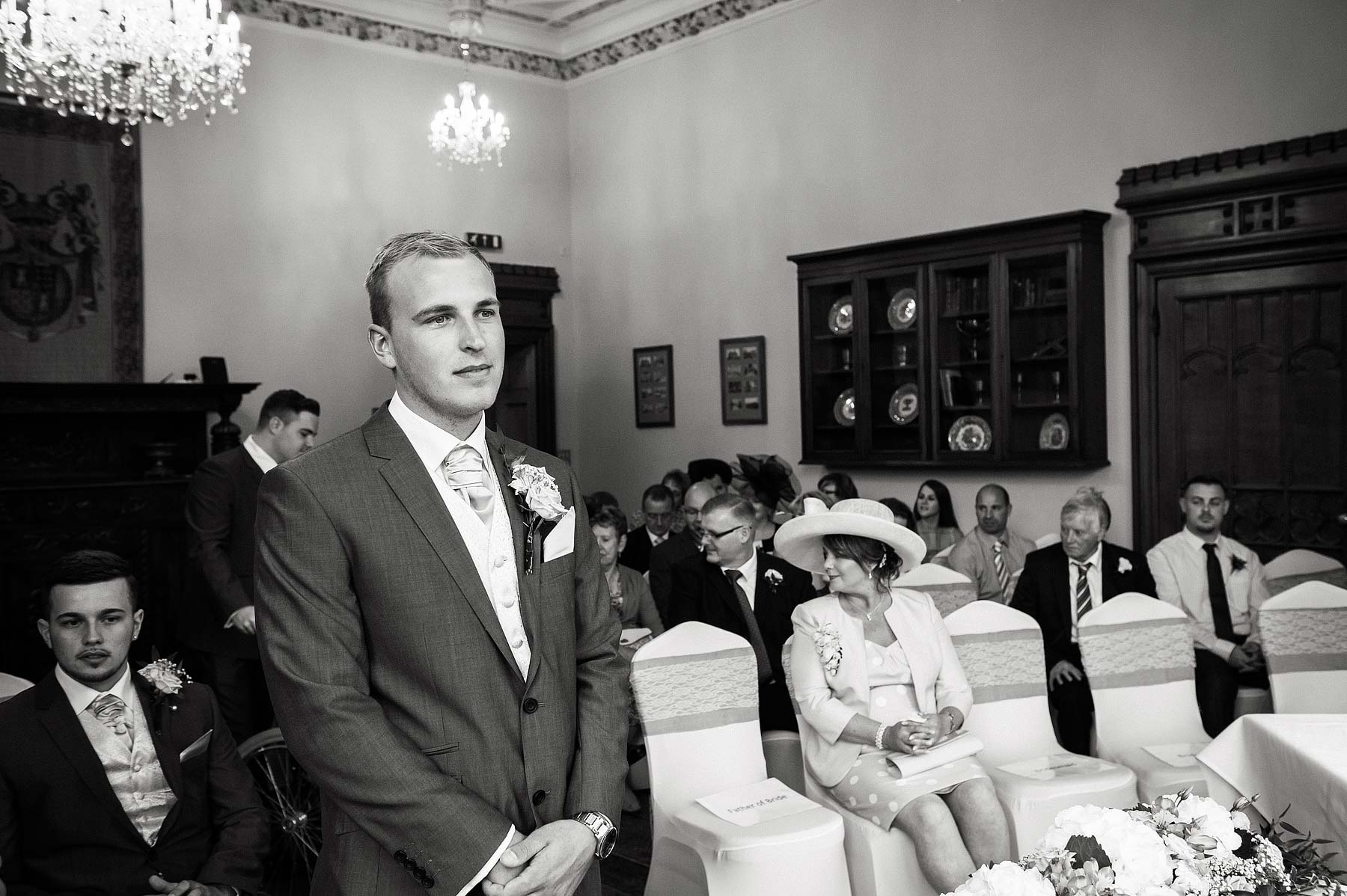 hawkesyard-estate-wedding-photographers-rugeley-028