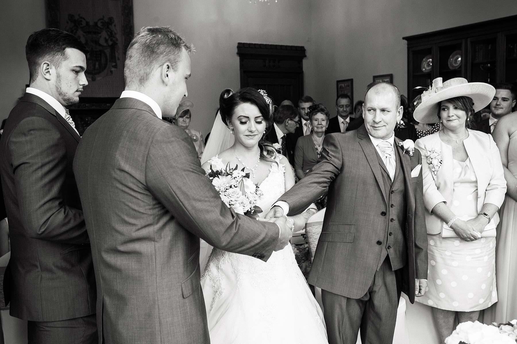 hawkesyard-estate-wedding-photographers-rugeley-030