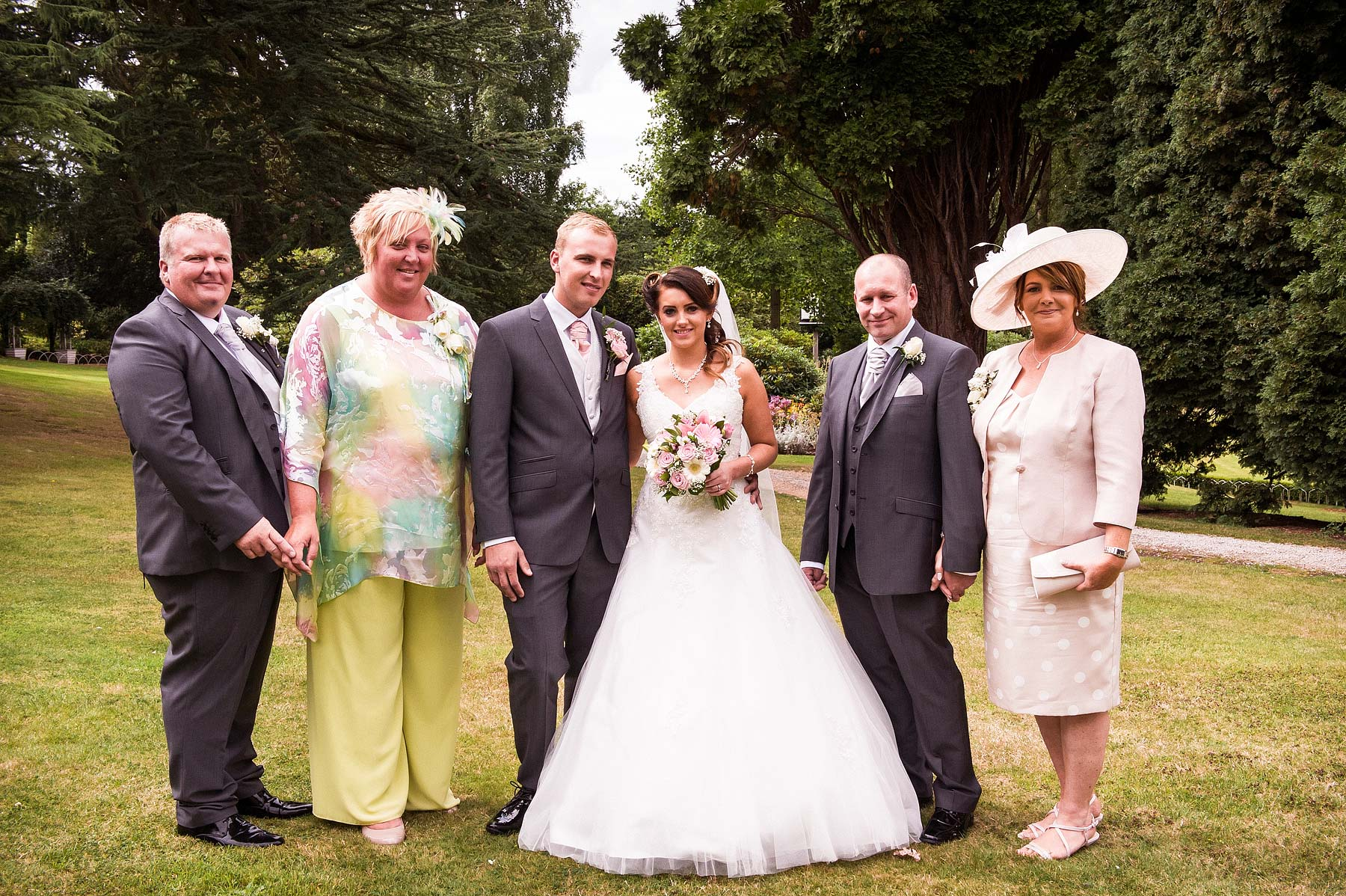 hawkesyard-estate-wedding-photographers-rugeley-052