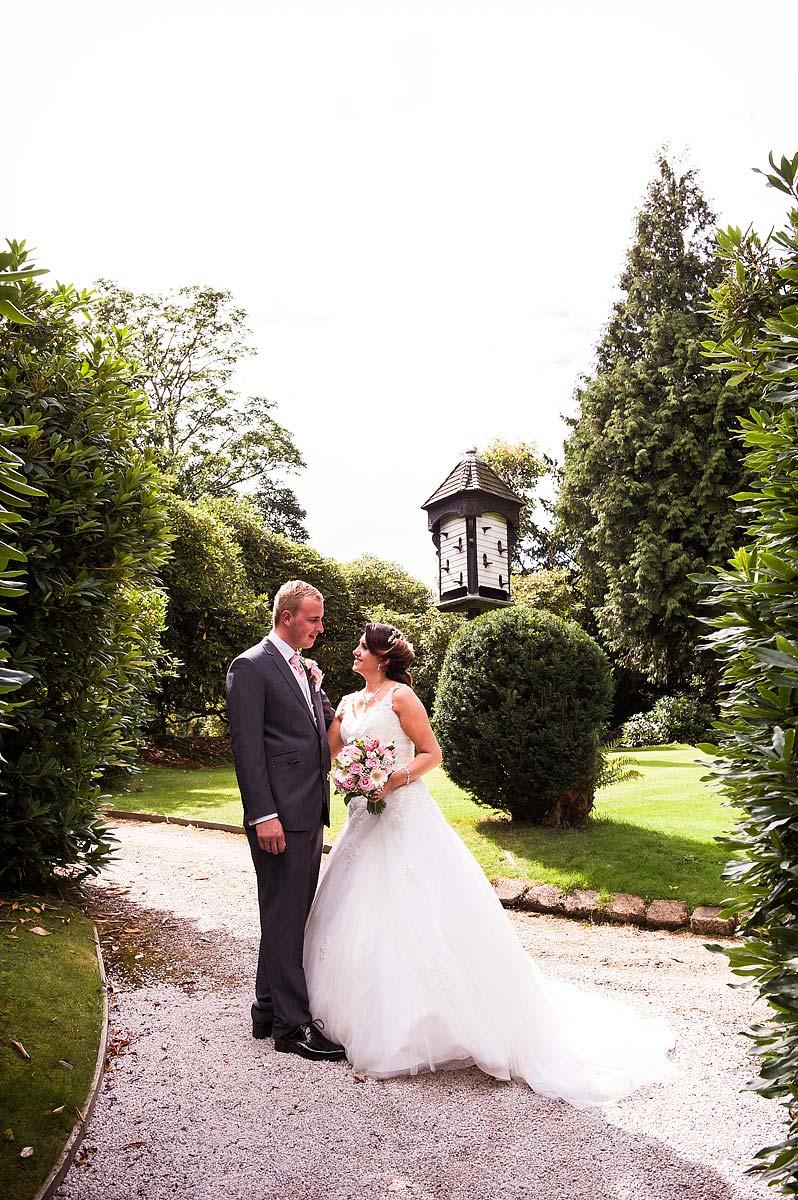 hawkesyard-estate-wedding-photographers-rugeley-058